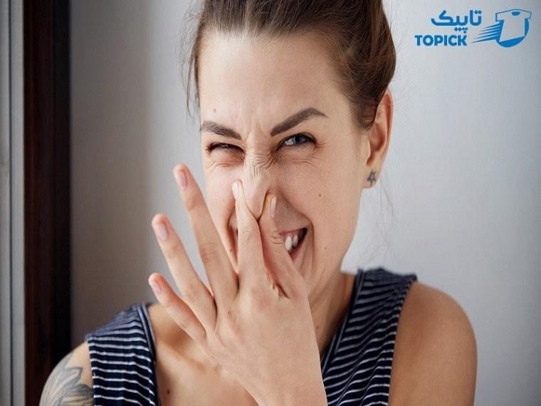 علت بوی بد عرق در زنان
