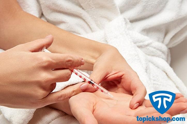 تزریق بوتاکس برای مقابله با مشکل تعریق زیاد